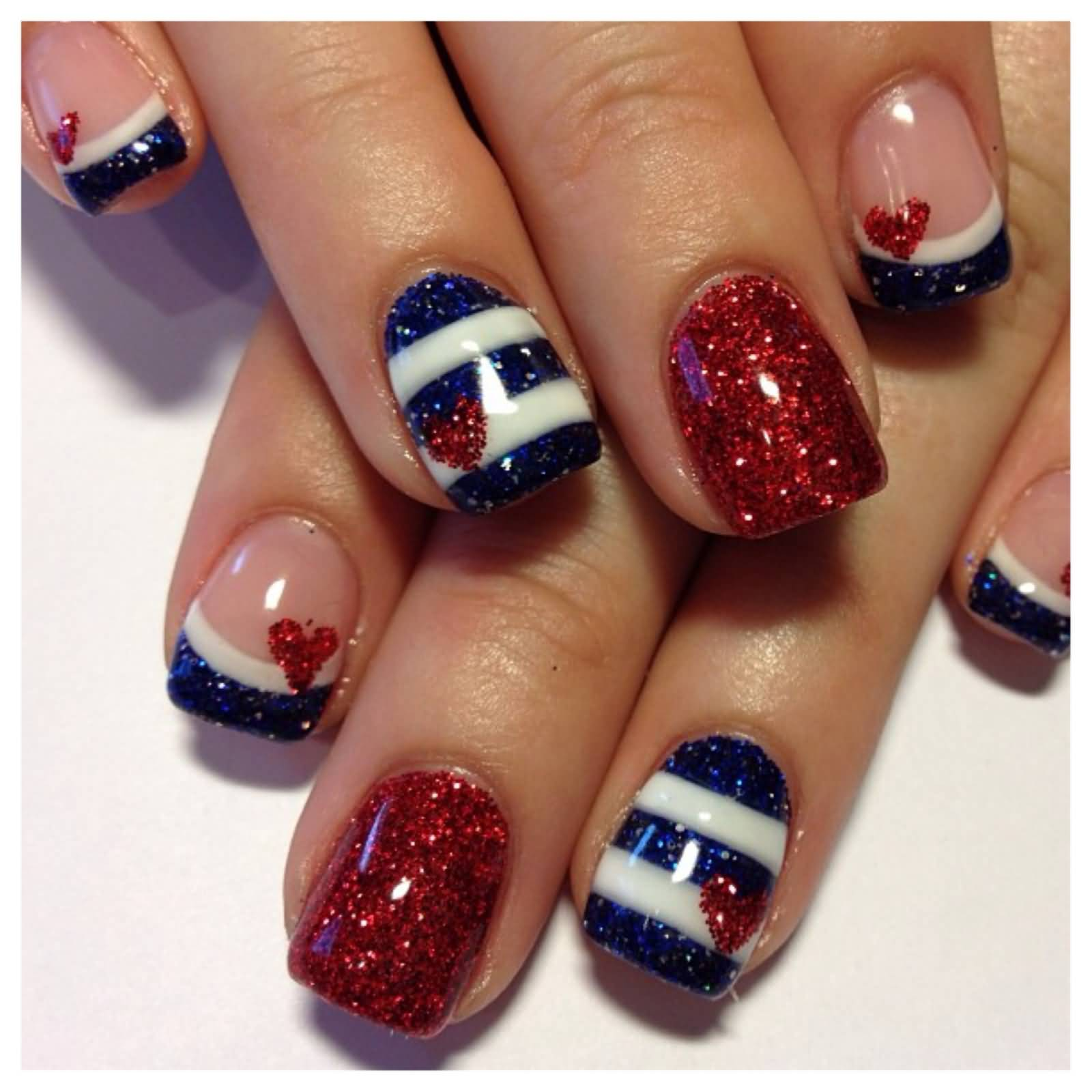 Nail Art In Blue And Red The Best Inspiration For Design And Color
