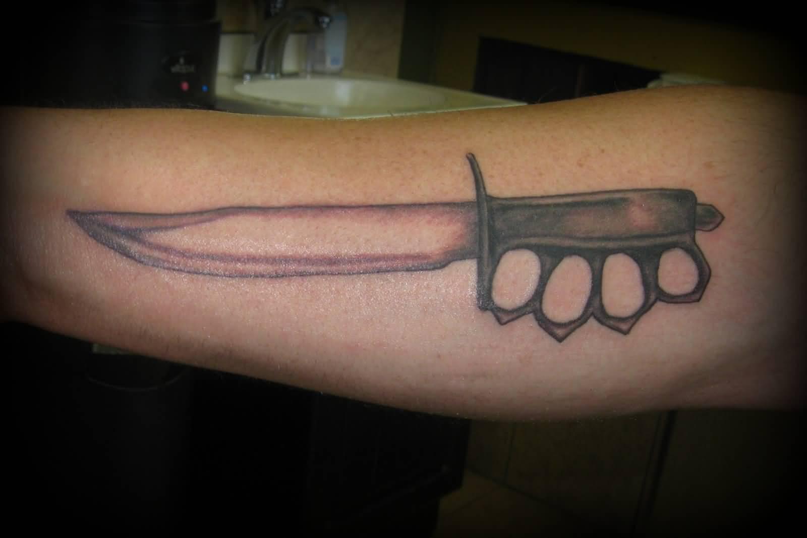 29 Fantastic Knife Tattoos Ideas