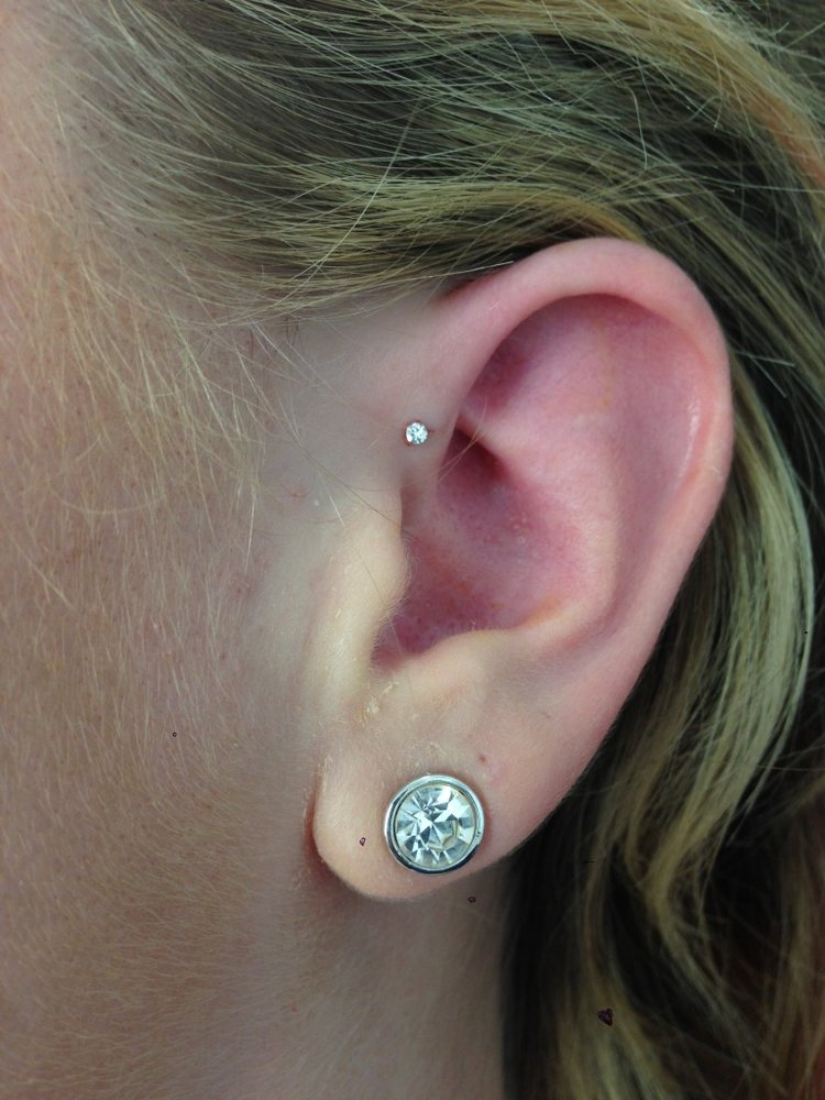 28 Forward Pinna Piercing Pictures