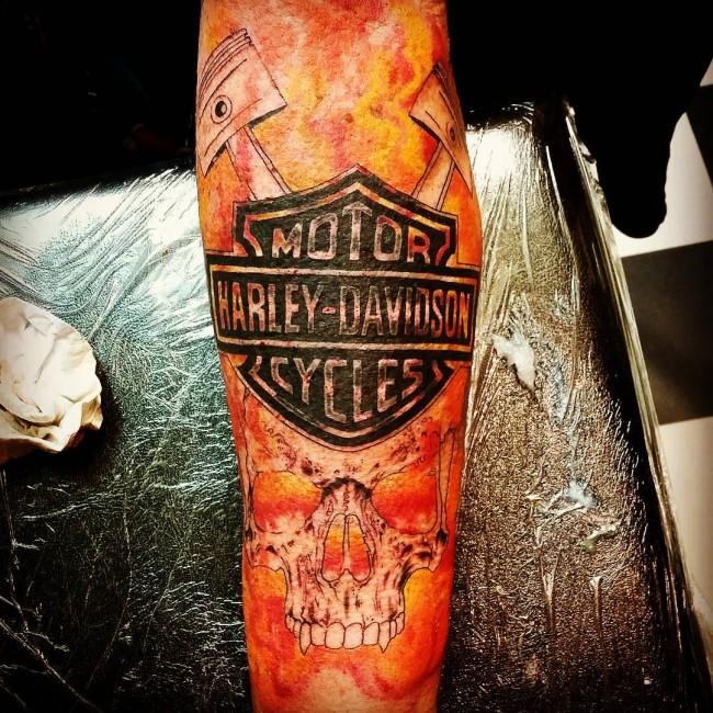 17 harley tattoo designs for Harley skull tattoos