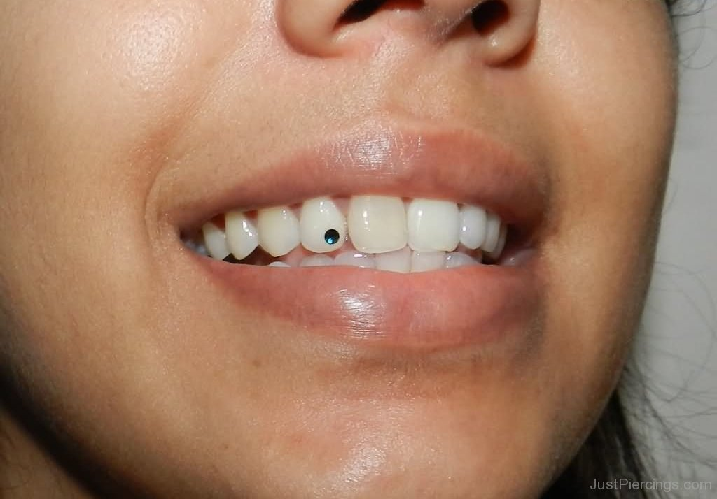 how to become a piercer
