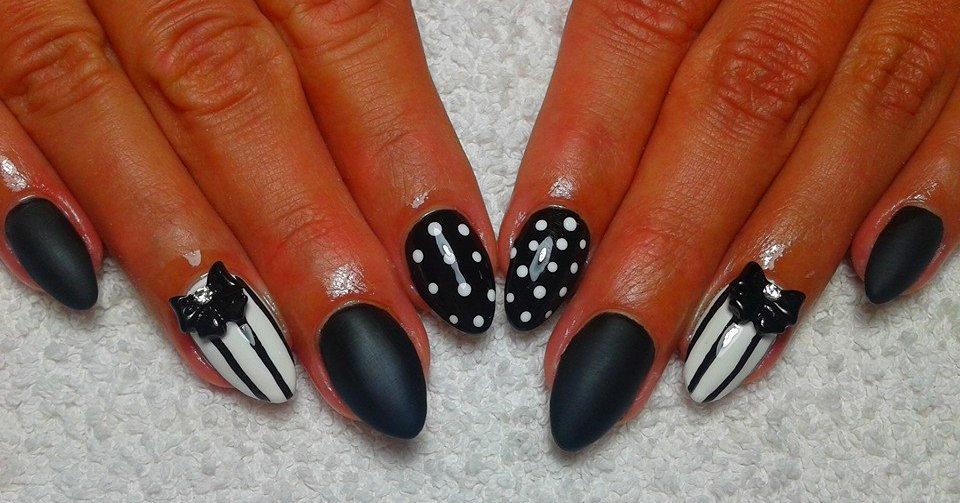 Red black and white nail art images nail art and nail design ideas red black and white nail art gallery nail art and nail design ideas red black and prinsesfo Images
