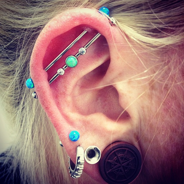 Beautiful Dual Lobe And Dual Scaffold Piercings