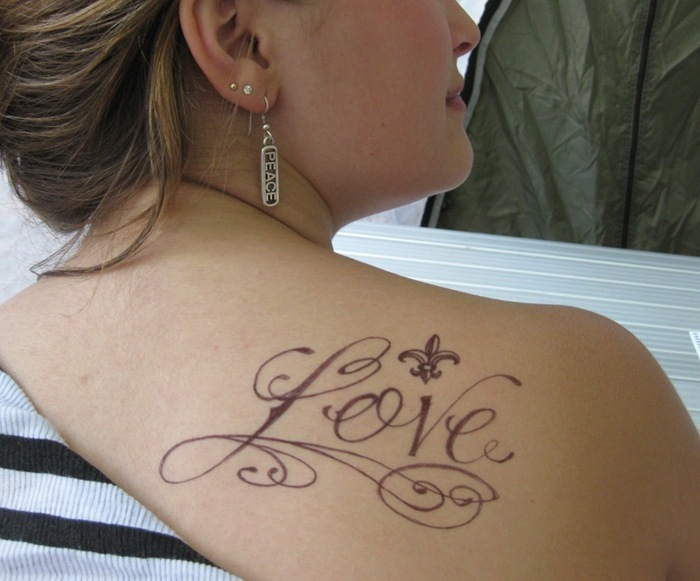 Beautiful Love Tattoo On Right Back Shoulder