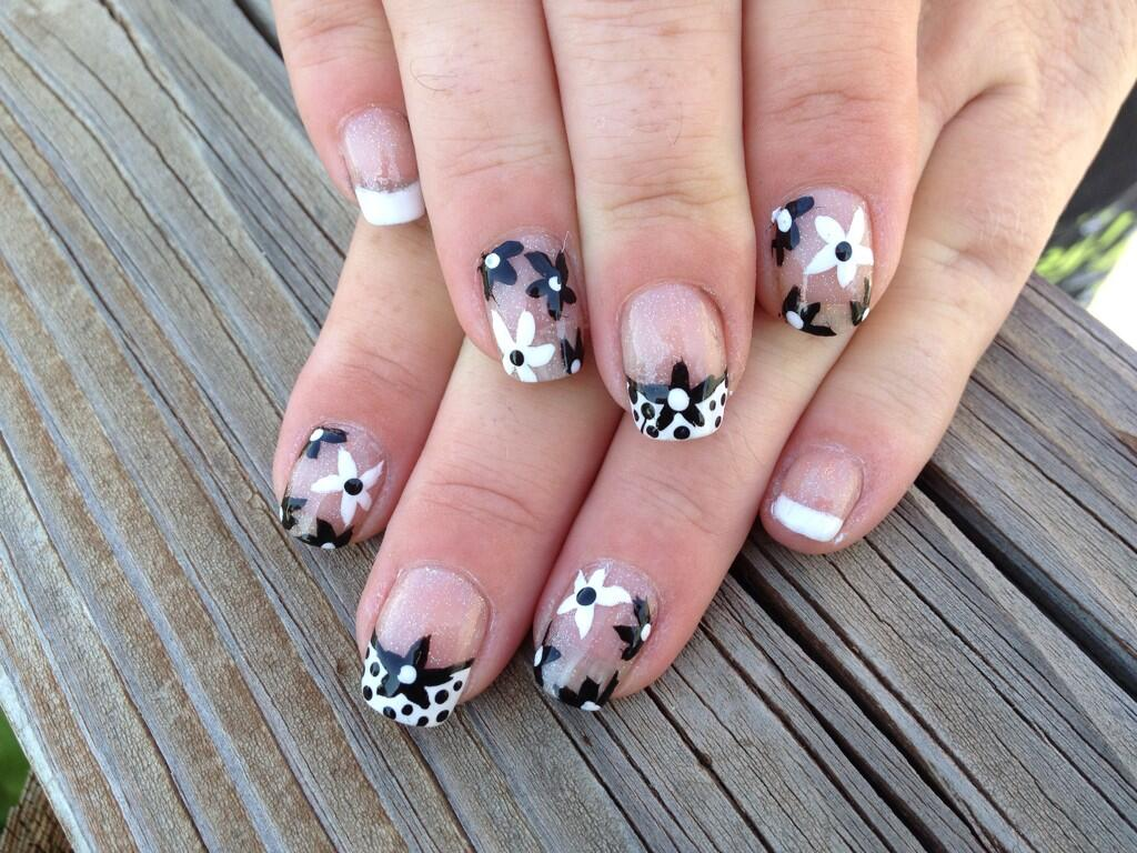 55 Most Beautiful Negative Space Nail Art Design Ideas