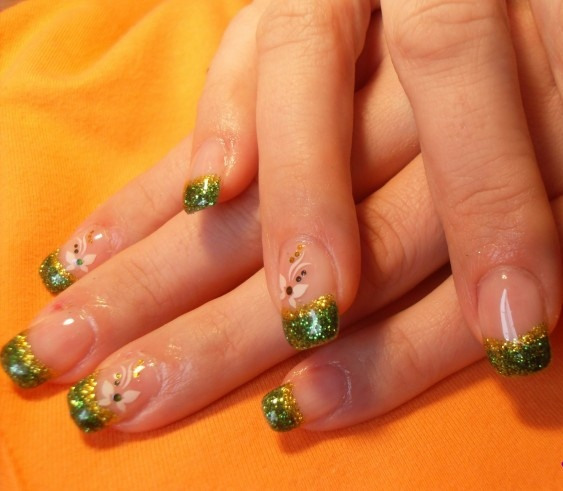 75 most beautiful green and gold nail art design ideas gold and green glitter gel french tip nail art prinsesfo Choice Image