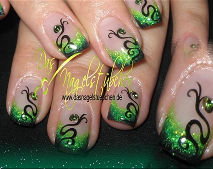 Green Airbrush Tip Nails With Swirls Design Idea - 50 Most Beautiful Green Nail Art Designs