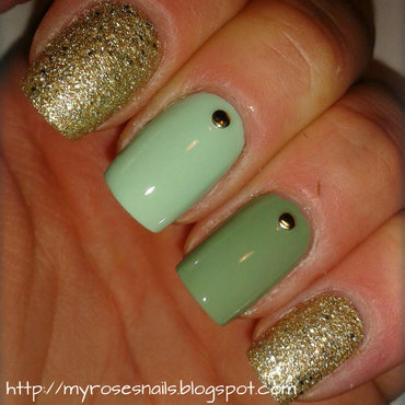 75 most beautiful green and gold nail art design ideas green and gold nail art by ewa prinsesfo Choice Image