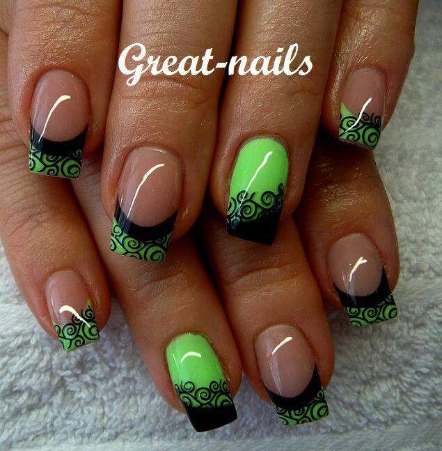 Green Nails With Black Spiral Design Nail Art - 65 Most Stylish Green And Black Nail Art Design Ideas