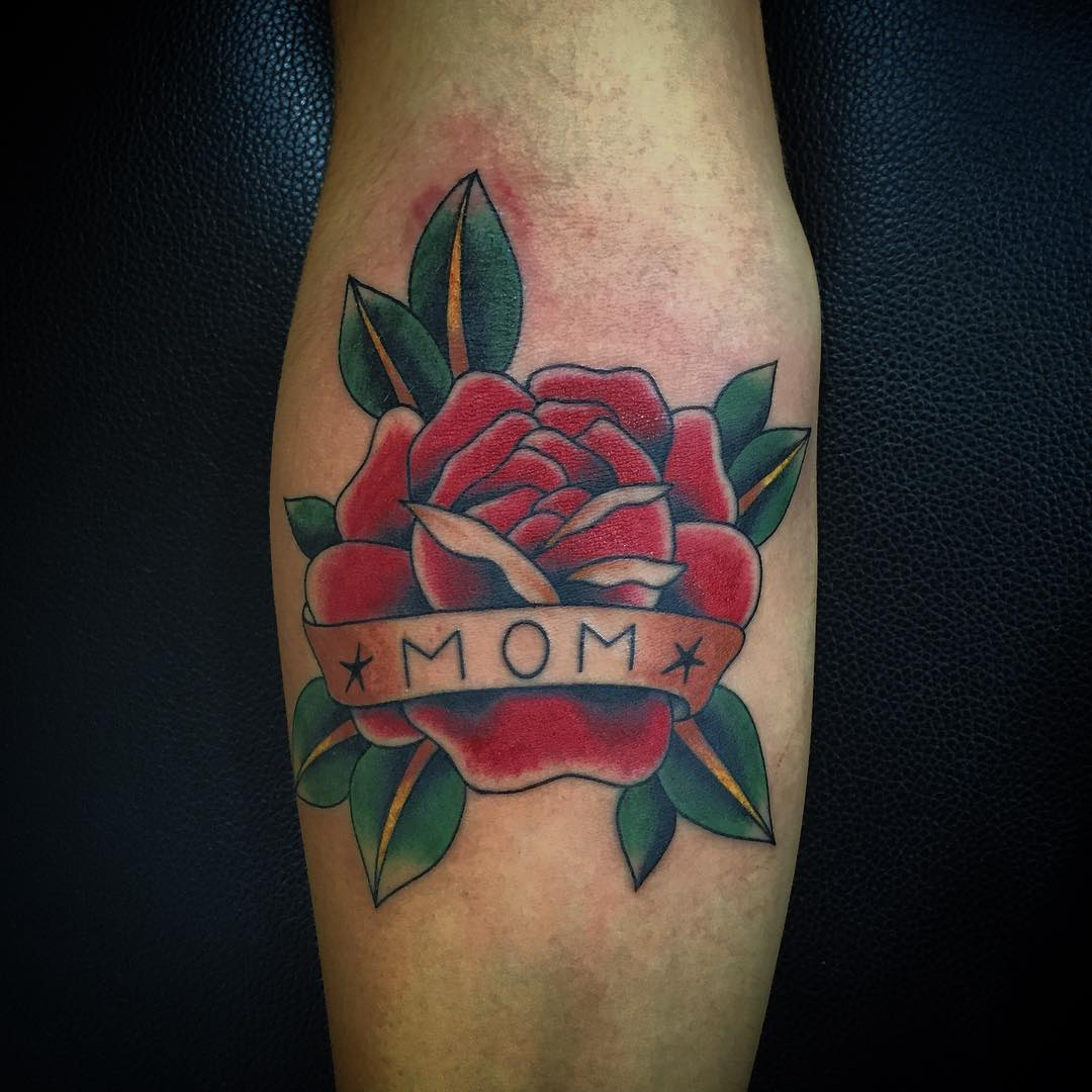 38 Traditional Mom Tattoos Ideas