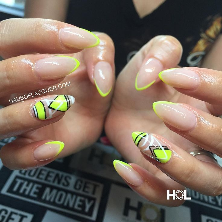 Acrylic Nail Designs Yellow And Black