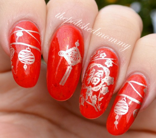 Red Nails With Golden Design Chinese Nail Art