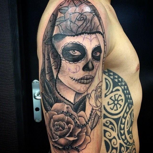 766eca80a2e Impressive Catrina Mask With Rose Tattoo On Right Half Sleeve