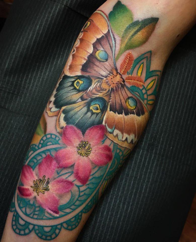 flower tattoo designs for girls on back shoulder