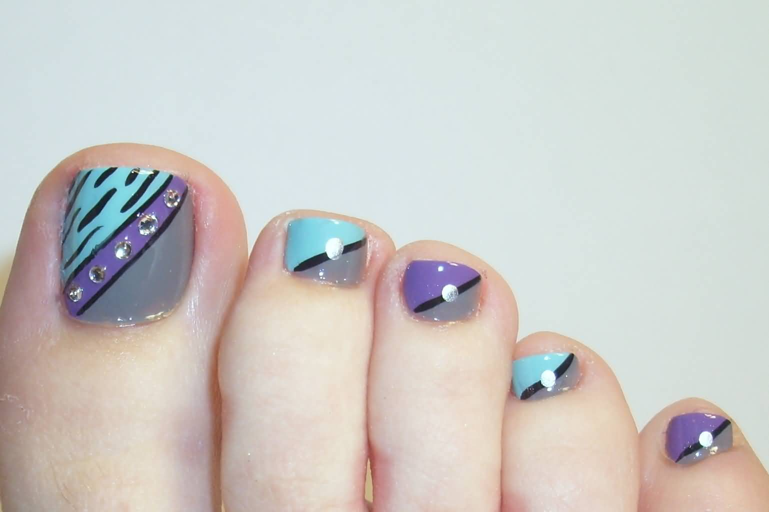 flower nail designs for toes 1000 ideas about flower toe nails
