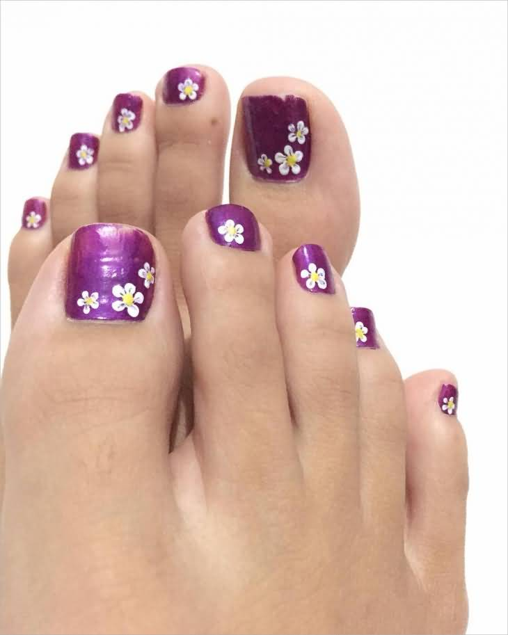 35+ Stylish Purple Nail Art Designs For Toe Nails
