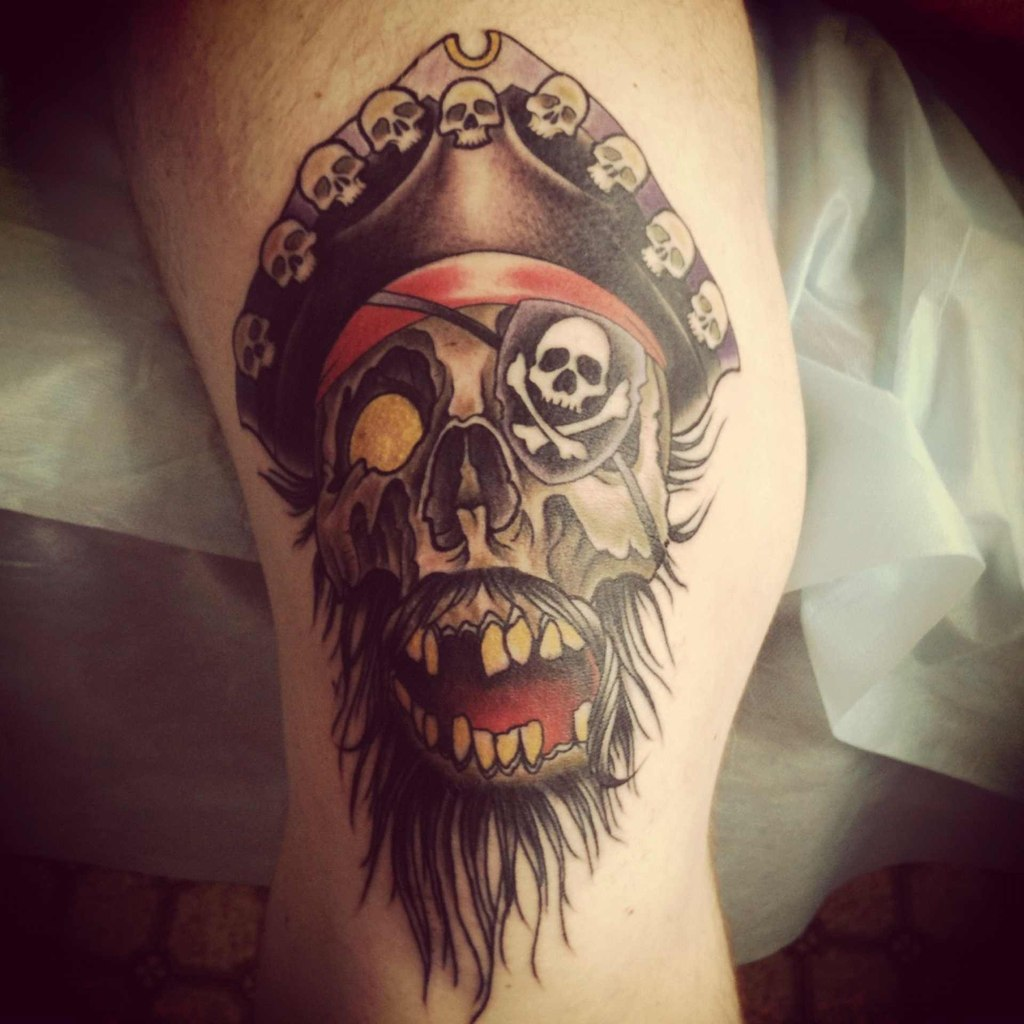 Scary pirate skull tattoo for Skeleton pirate tattoo