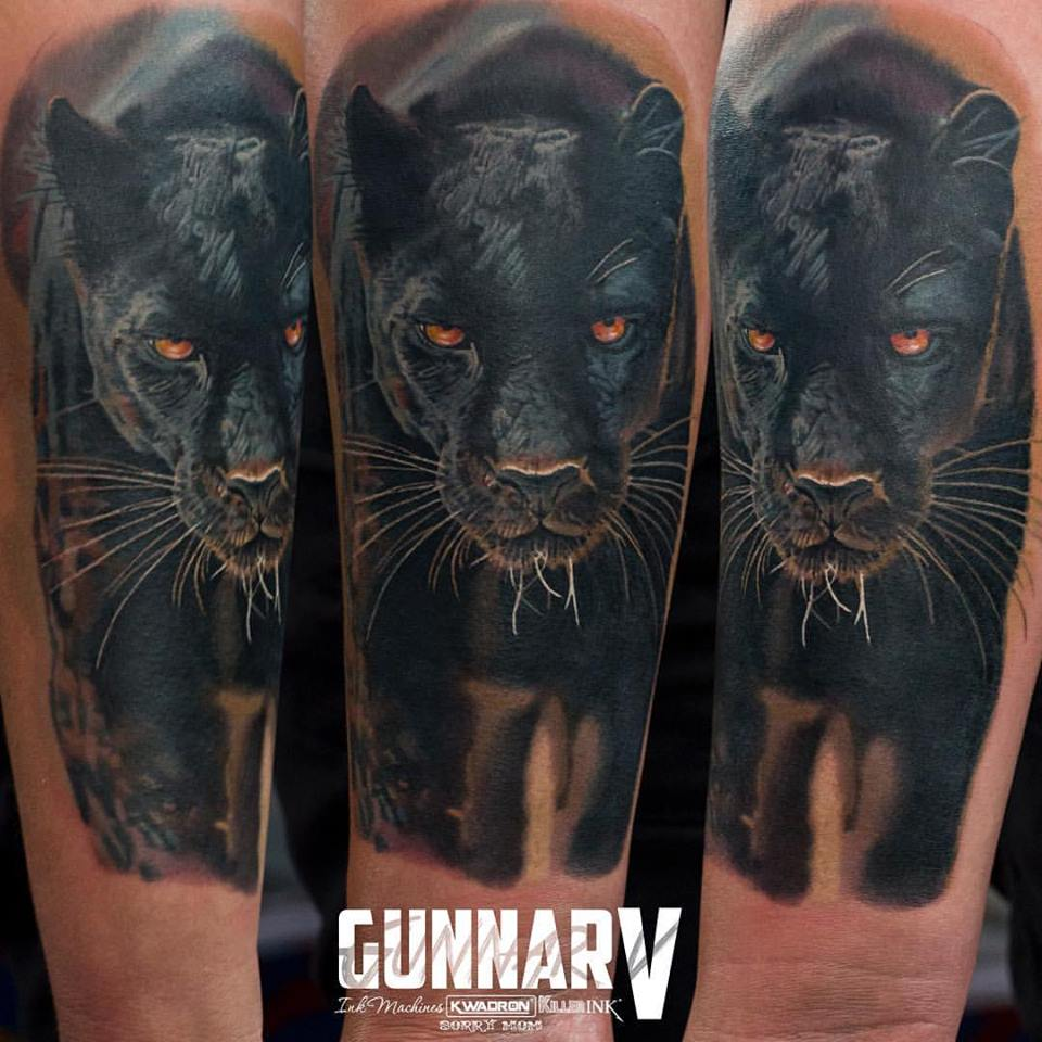 8 tattoo ideas for men shoulder black panther tattoo on right sleeve by gunnarv ellis. Black Bedroom Furniture Sets. Home Design Ideas
