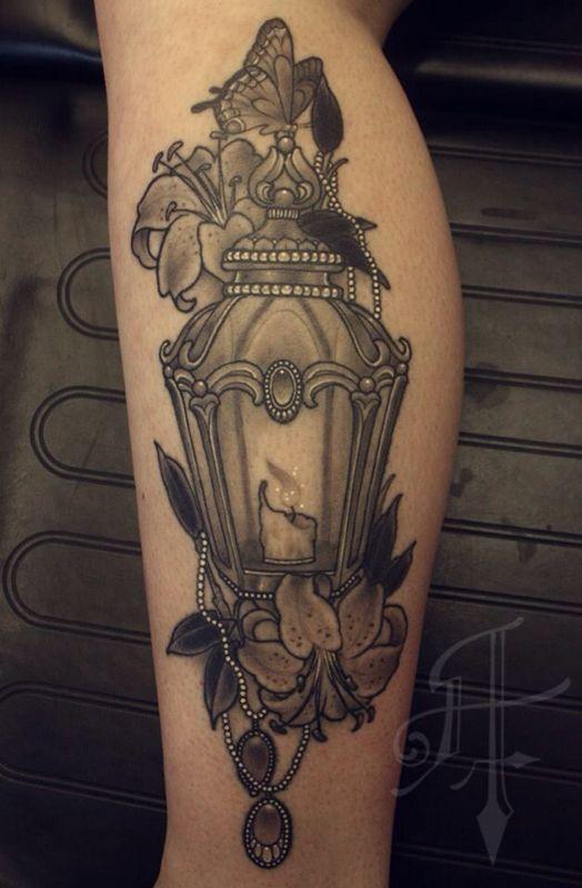 35 Antique Lantern Tattoos