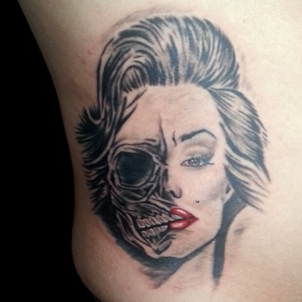 46 fantastic marilyn monroe tattoos for Marilyn monroe skull tattoos
