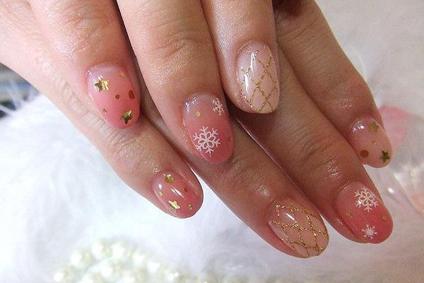 50 stylish acrylic short nail design ideas acrylic baby pink nails with snowflakes design short nail art prinsesfo Gallery