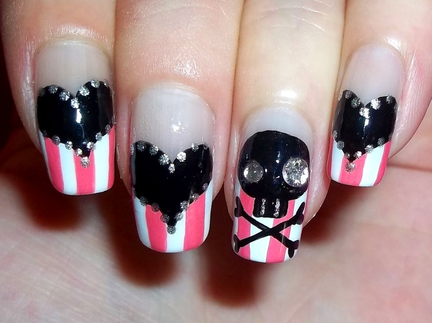 Black Heart And Skull Design Pirate Nail Art
