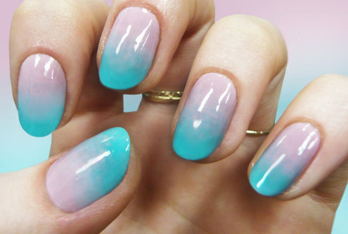 Simple gradient nail art design blue and beige gradient nail art prinsesfo Choice Image