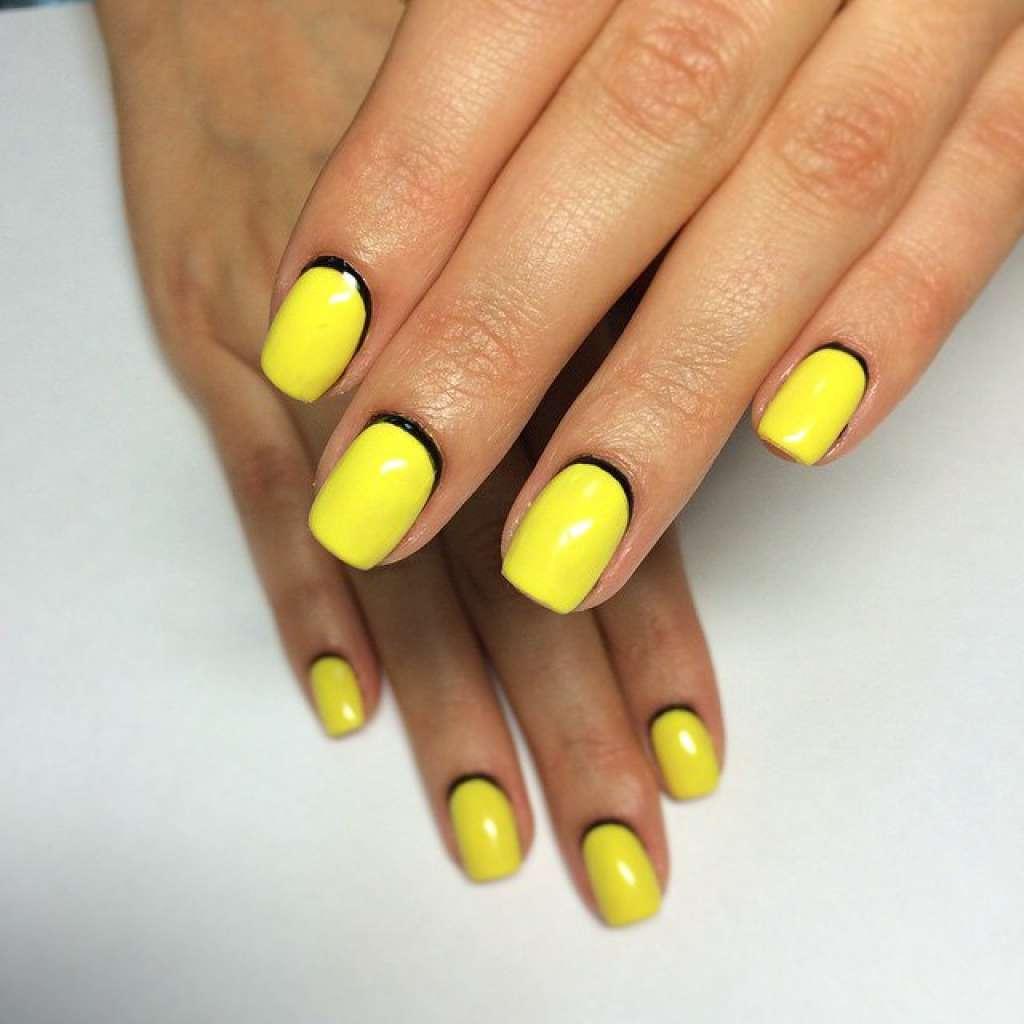 Cute Yellow Nail Art
