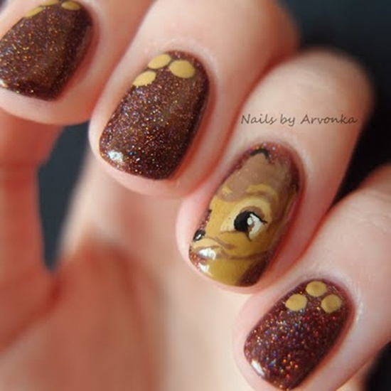 Deer Face Glitter Gel Nail Design For Short Nails