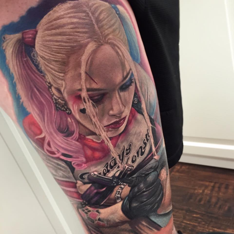 682a79e0e Margot Robbie Harley Quinn Tattoo On Arm