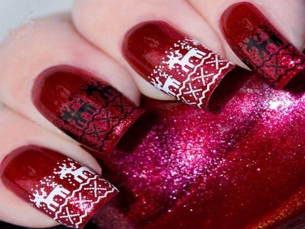 Maroon Black And White Reindeer Christmas Nail Art
