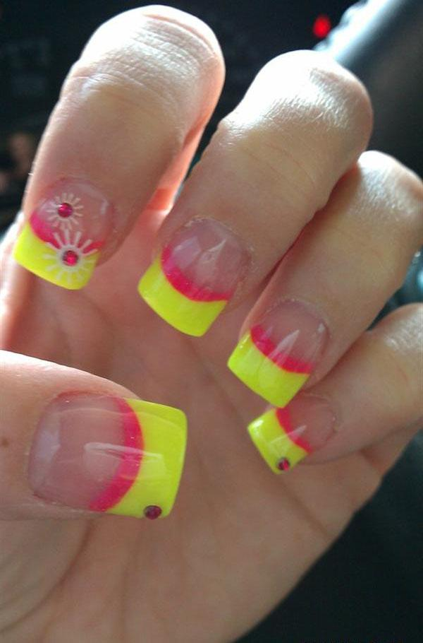 55 Unique Yellow Nail Art Design Ideas