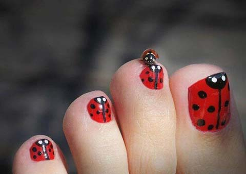 58 incredible red toe nail art design ideas for trendy girls red and black ladybird toe nail art prinsesfo Images