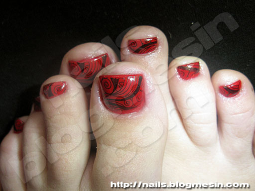 58 incredible red toe nail art design ideas for trendy girls. Black Bedroom Furniture Sets. Home Design Ideas