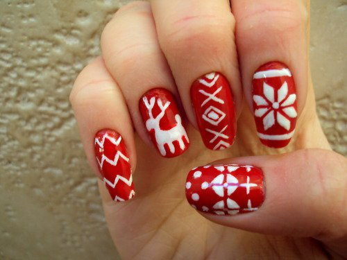 55 most stylish christmas nail art red and white reindeer and snowflakes christmas nail art prinsesfo Gallery