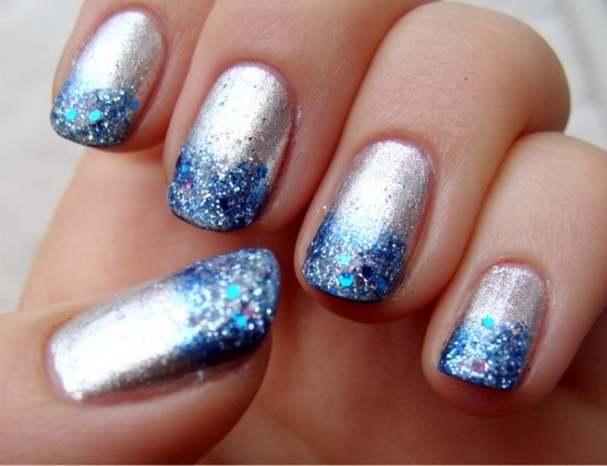 Silver blue glitter gradient nail art prinsesfo Choice Image
