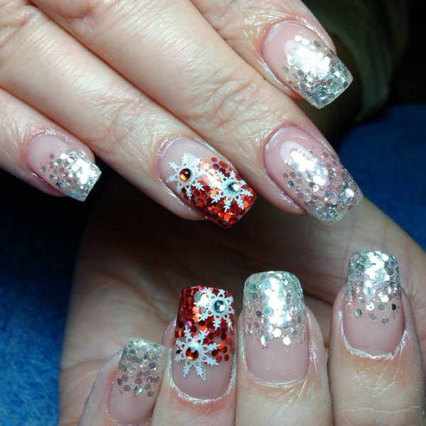Christmas Nails With Glitter: 50 Christmas Nail Art Ideas