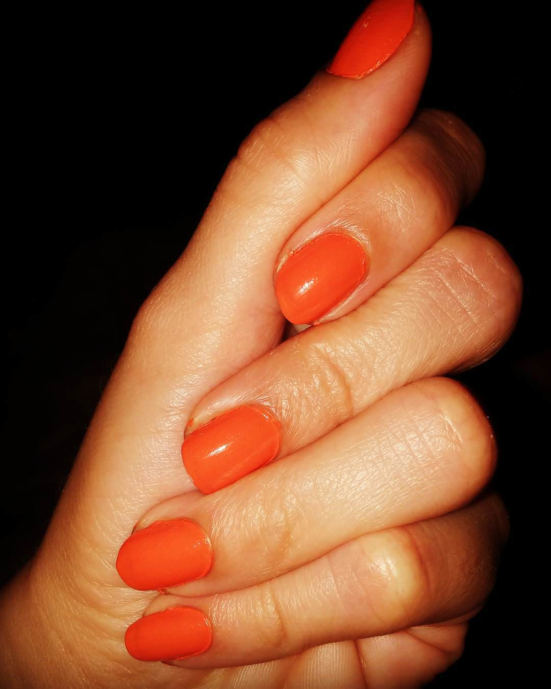 Simple Orange Nail Art