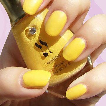 Simple Yellow Nail Art