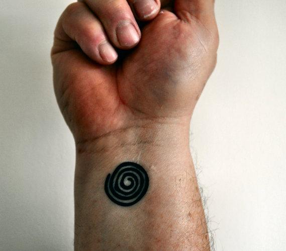 10 Spiral Tattoos On Wrist