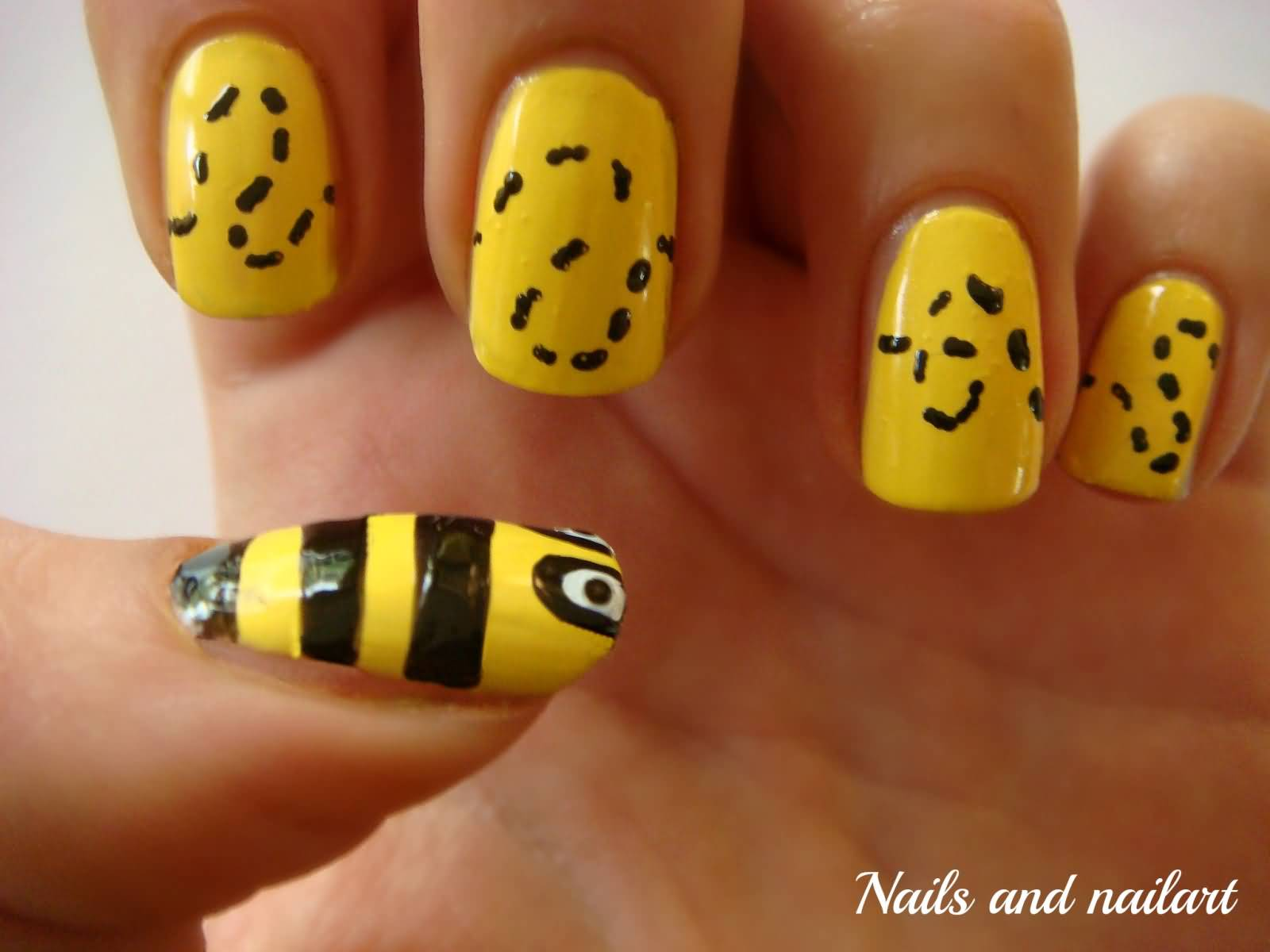 Yellow And Black Bumble Bee Nail Art Design