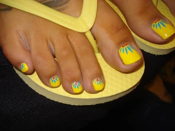 50 Most Beautiful And Stylish Flower Toe Nail Art Design