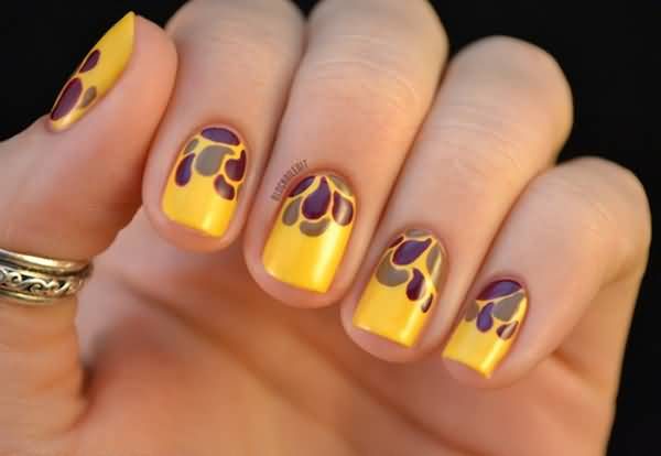 Yellow Nails With Water Droplets Design Idea