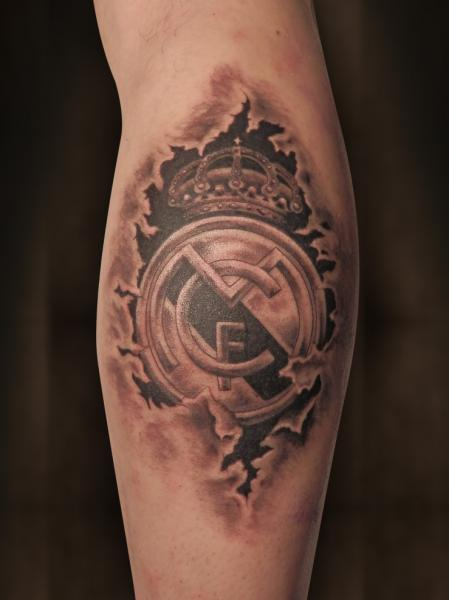 3d realistic real madrid logo tattoo on arm sleeve for Real madrid tattoos