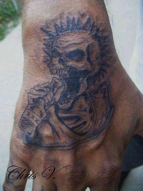 50e77245d Awful Punk Rock Skull Tattoo On Hand