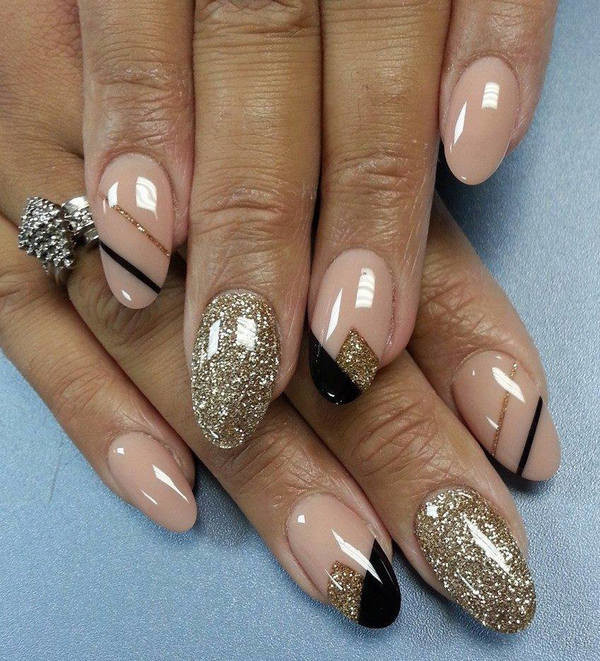 Beige gold glitter and black nail art design prinsesfo Image collections