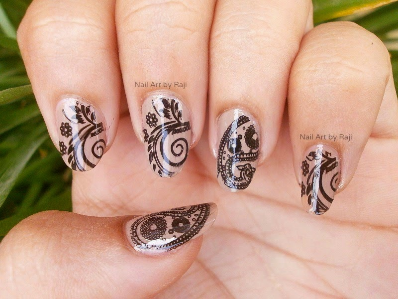 55 Black And Beige Nail Art Design Idea