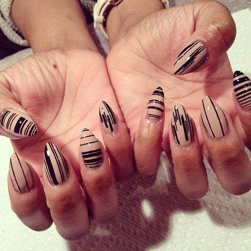 Nail Art Black And Beige The Best Inspiration For Design And Color