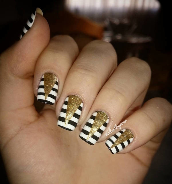 55 Stylish White And Gold Nail Art Design Ideas