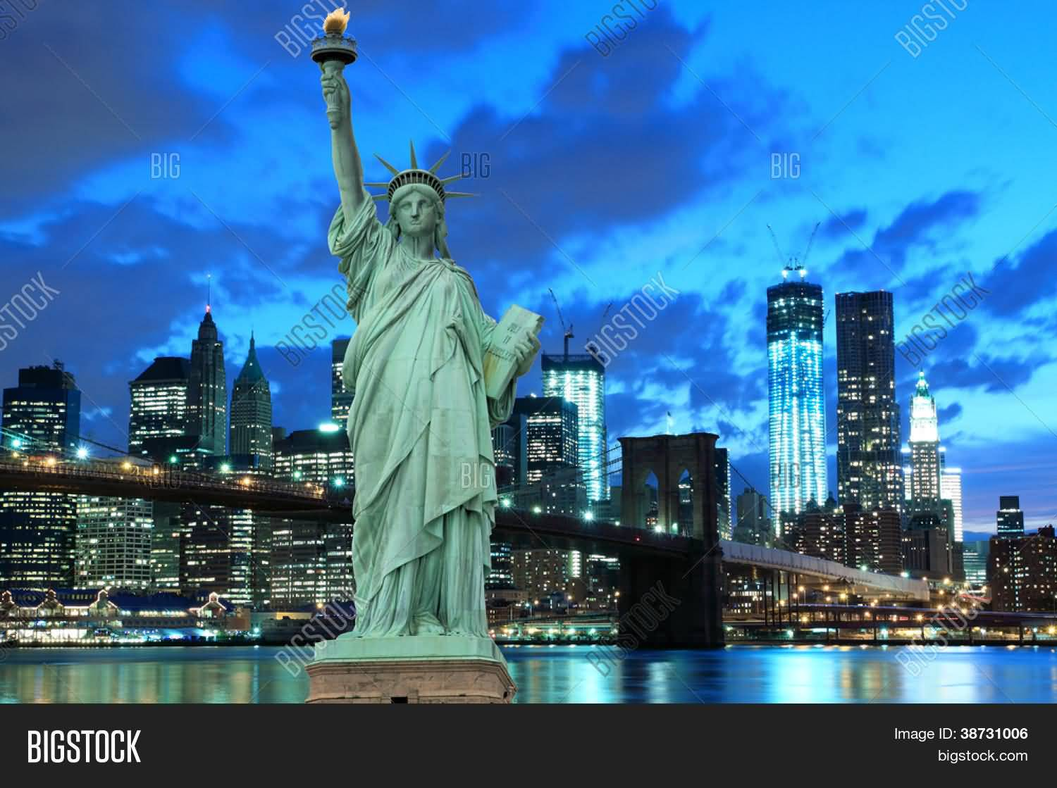 New York Statue Of Liberty And City Night